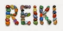 Sesión de Reiki con piedras